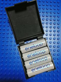 Newton MPのバッテリーケースにeneloopを入れる