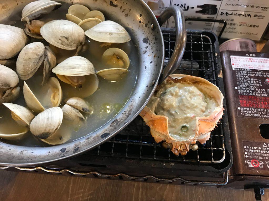 ホンビノス酒蒸しと蟹味噌甲羅焼き