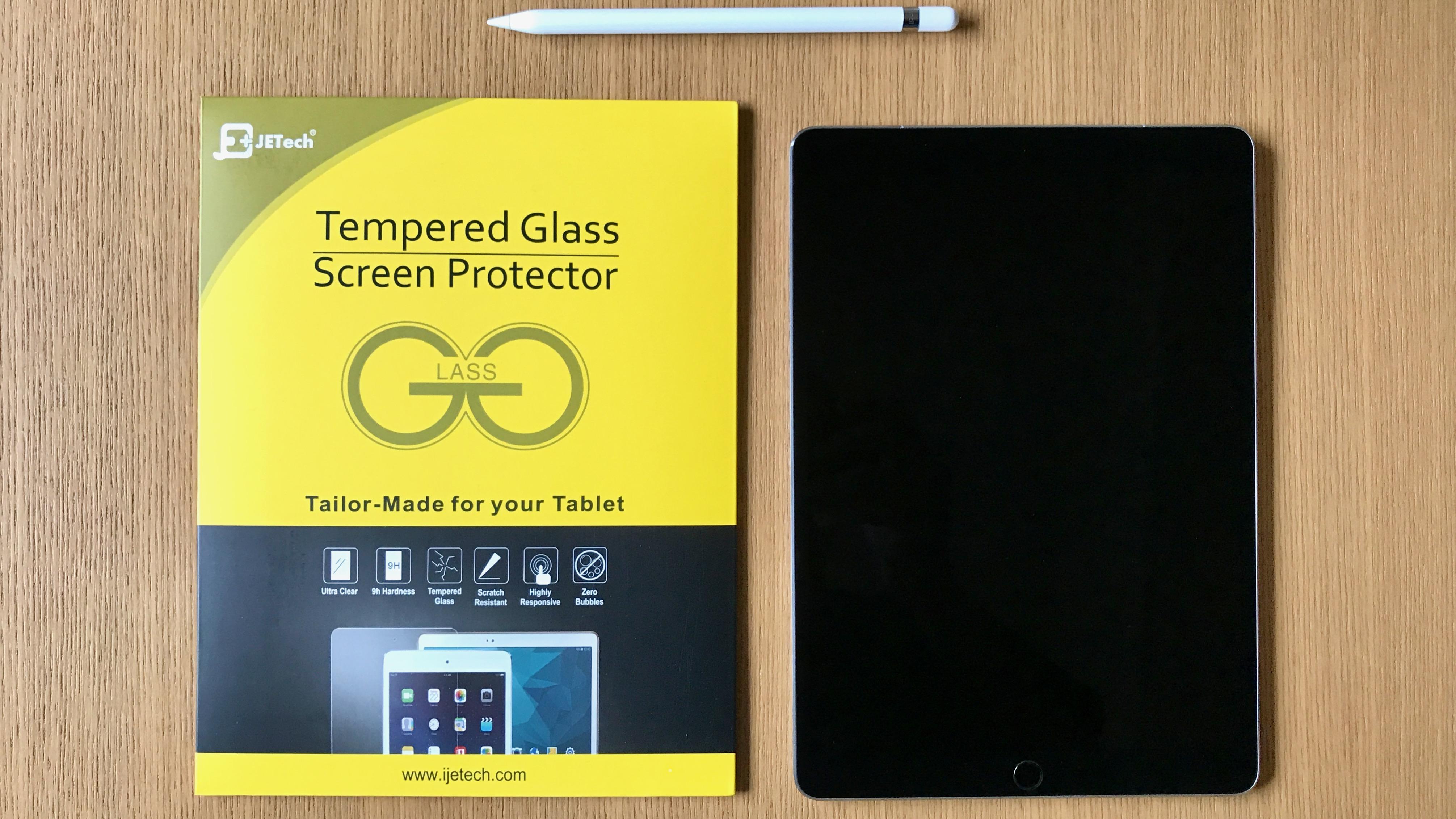 10.5インチiPad Proにガラスフィルムを貼る